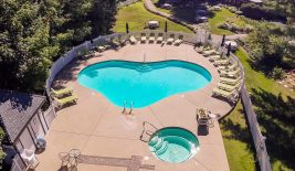 aerial view of the outdoor pool area at Stonehurst manor in North Conway